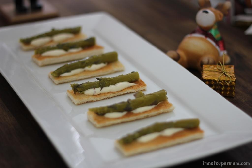 Asparagus Toast Canapé